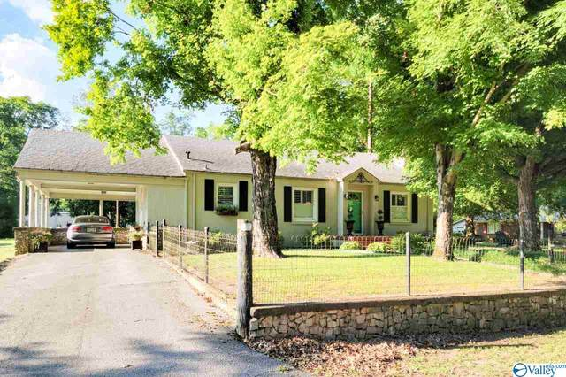 655 Water Street, Courtland, AL 35618 (MLS #1784017) :: Green Real Estate