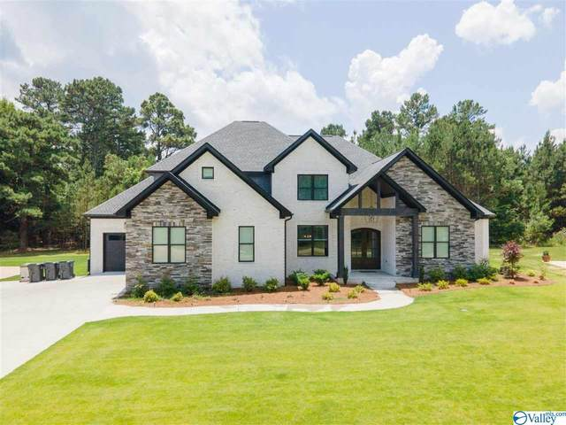 2041 Skypark Road, Florence, AL 35634 (MLS #1784457) :: Coldwell Banker of the Valley