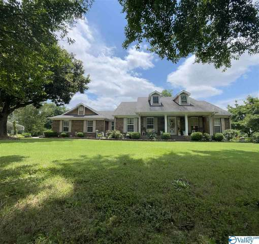 25036 Maplewood Drive, Athens, AL 35613 (MLS #1784648) :: Southern Shade Realty