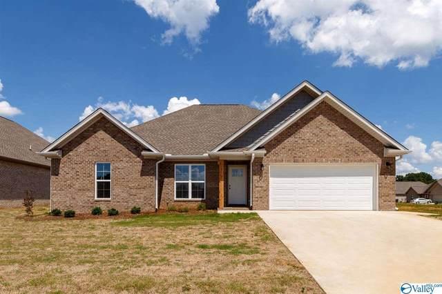 317 Rolling Brook Drive, Rogersville, AL 35652 (MLS #1784799) :: Green Real Estate