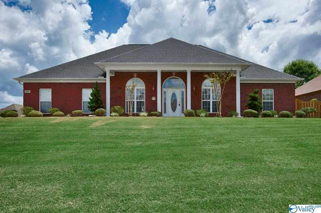 107 Cherry Ridge Drive, New Market, AL 35761 (MLS #1784833) :: Coldwell Banker of the Valley
