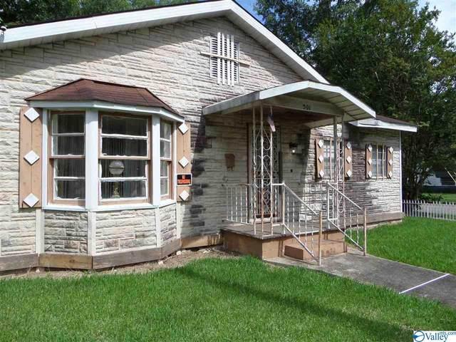 501 Henry Street, Gadsden, AL 35901 (MLS #1785013) :: MarMac Real Estate