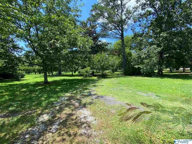 000 Oak Grove Road, Elkmont, AL 35620 (MLS #1785181) :: Southern Shade Realty
