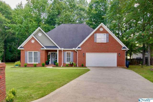 2703 Friar Tuck Court, Decatur, AL 35603 (MLS #1785298) :: MarMac Real Estate
