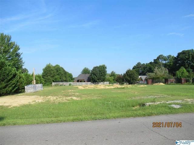 1604 Berrivine Drive, Hartselle, AL 35640 (MLS #1785352) :: Green Real Estate