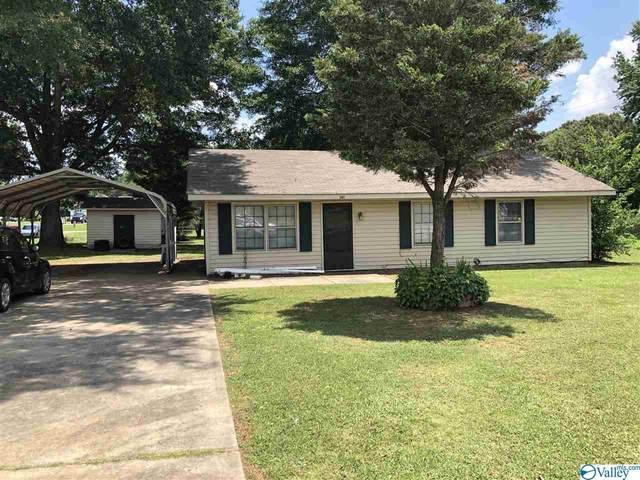 301 Spring Street, Rogersville, AL 35652 (MLS #1785556) :: MarMac Real Estate