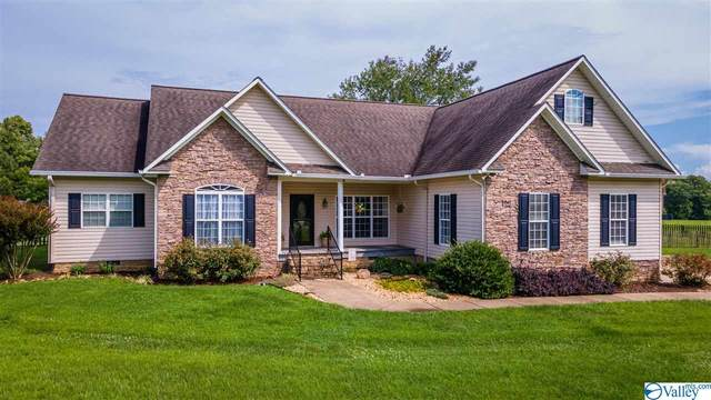 10 Autumn Run Road, Fort Payne, AL 35967 (MLS #1785804) :: Coldwell Banker of the Valley