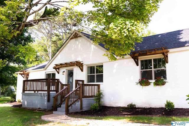 19043 Upper Fort Hampton Road, Elkmont, AL 35620 (MLS #1785867) :: Southern Shade Realty