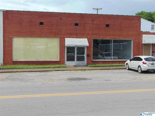 302 1st Street, Fort Payne, AL 35967 (MLS #1786006) :: Green Real Estate