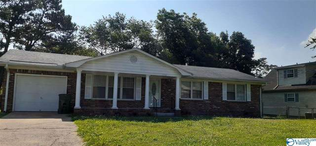 3306 NW Buttrey Drive, Huntsville, AL 35810 (MLS #1786009) :: MarMac Real Estate