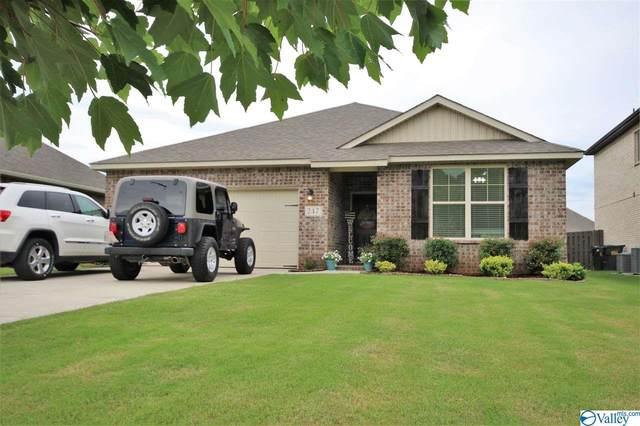 247 Willow Bank Circle, Priceville, AL 35603 (MLS #1786128) :: MarMac Real Estate