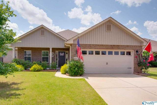 405 Mossyleaf Drive, Huntsville, AL 35824 (MLS #1786176) :: Coldwell Banker of the Valley