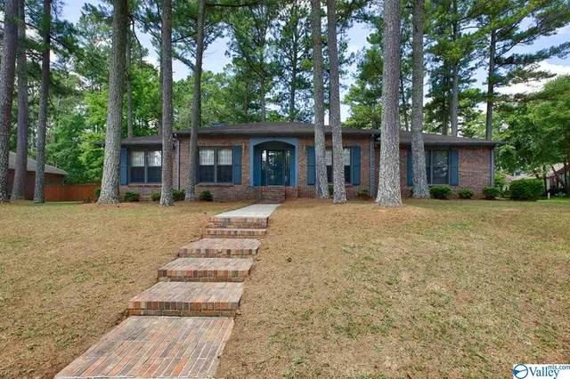 1851 NW Shellbrook Drive, Huntsville, AL 35806 (MLS #1786220) :: Green Real Estate