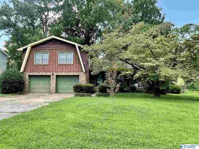 11306 Woodcrest Drive, Huntsville, AL 35803 (MLS #1786226) :: The Pugh Group RE/MAX Alliance
