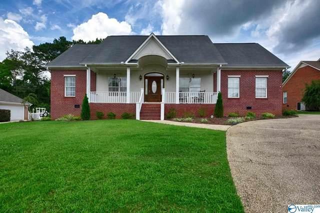 705 Meadowview Drive, Hartselle, AL 35640 (MLS #1786279) :: MarMac Real Estate