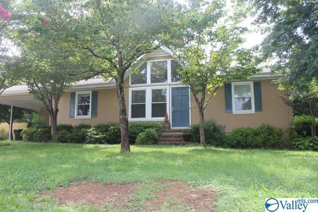 3006 Julie Drive, Scottsboro, AL 35769 (MLS #1786435) :: Rebecca Lowrey Group