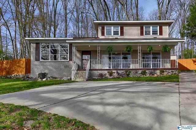 2700 Briarwood Circle, Huntsville, AL 35801 (MLS #1786546) :: Rebecca Lowrey Group