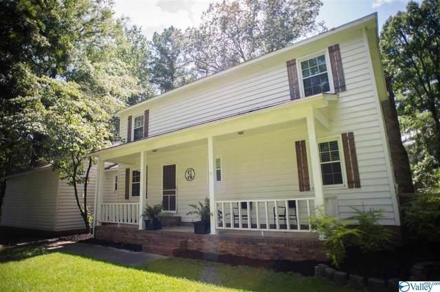 4711 Pineywood Drive, Decatur, AL 35603 (MLS #1786584) :: Rebecca Lowrey Group
