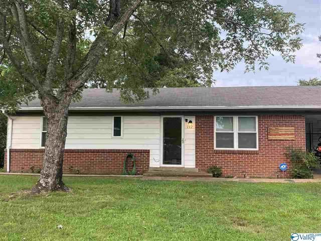 142 Hughes Street, Florence, AL 35633 (MLS #1786697) :: MarMac Real Estate
