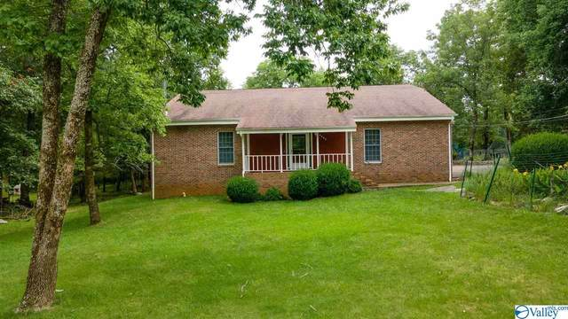 2205 Apache Drive, Huntsville, AL 35810 (MLS #1786805) :: MarMac Real Estate