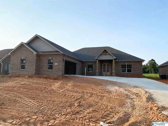 2716 Apsley Way, Decatur, AL 35603 (MLS #1787252) :: MarMac Real Estate
