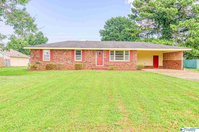 1503 Fords Way, Muscle Shoals, AL 35661 (MLS #1787400) :: Green Real Estate