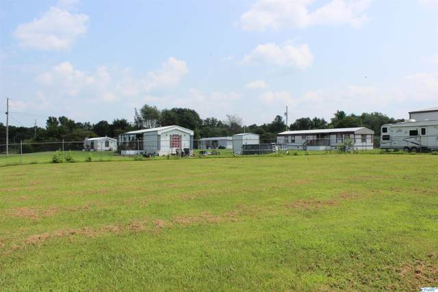 7767 County Road 44, Dawson, AL 35963 (MLS #1787752) :: Green Real Estate