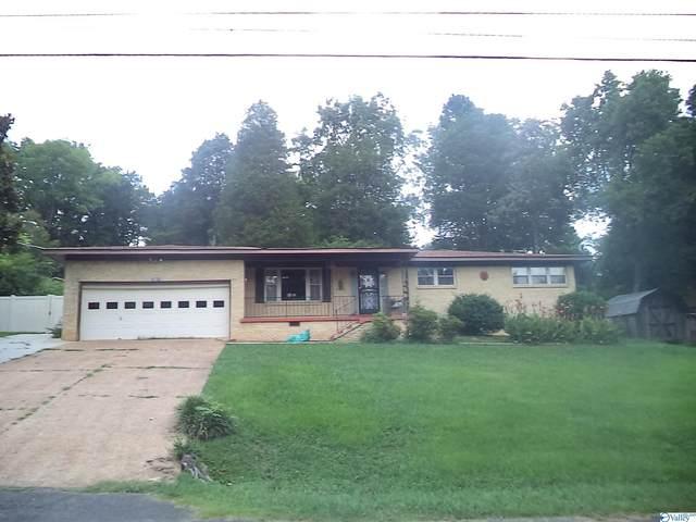 12011 Mount Charron Road, Huntsville, AL 35810 (MLS #1787840) :: MarMac Real Estate
