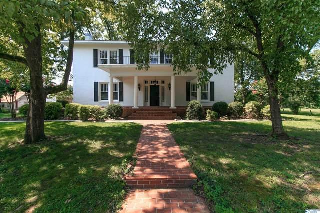 864 Hamilton Street, Courtland, AL 35618 (MLS #1787998) :: LocAL Realty