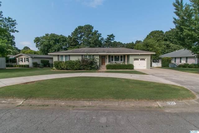 1304 Cleermont Drive, Huntsville, AL 35801 (MLS #1788033) :: The Pugh Group RE/MAX Alliance