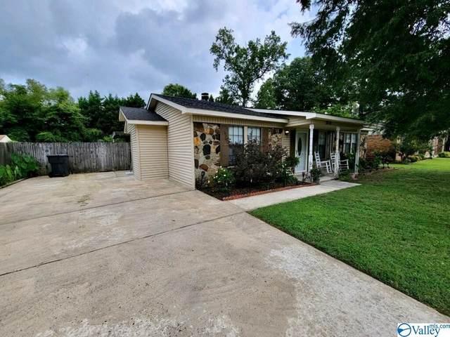 2410 Oxmoor Lane, Decatur, AL 35603 (MLS #1788168) :: MarMac Real Estate