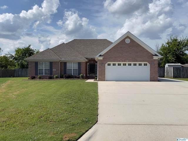 2717 Jarvis Street, Decatur, AL 35603 (MLS #1788886) :: Green Real Estate