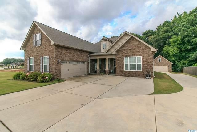 17716 Maree Drive, Athens, AL 35613 (MLS #1789403) :: Southern Shade Realty