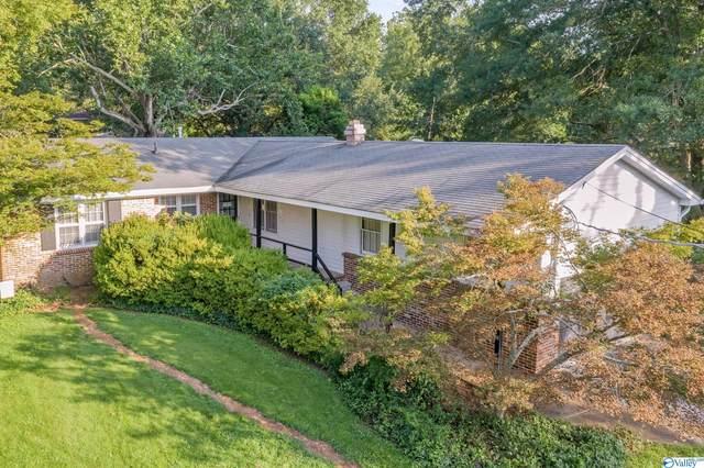 12021 Greenleaf Drive, Huntsville, AL 35803 (MLS #1789522) :: RE/MAX Unlimited
