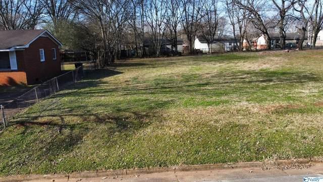 1711 Golf Club Lane, Huntsville, AL 35816 (MLS #1789523) :: RE/MAX Unlimited