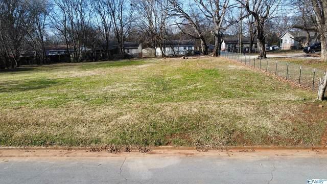 1713 Golf Club Lane, Huntsville, AL 35816 (MLS #1789524) :: RE/MAX Unlimited