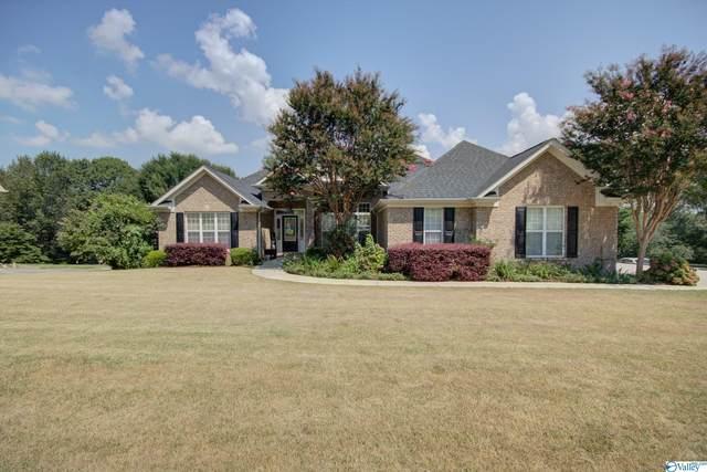 117 Season Lane, Huntsville, AL 35811 (MLS #1789547) :: MarMac Real Estate