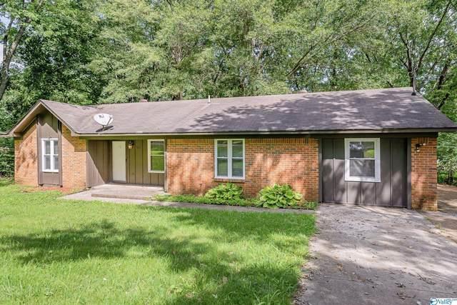203 Adrian Drive, Huntsville, AL 35811 (MLS #1789831) :: Green Real Estate