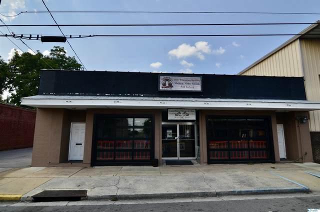 221 S 3rd Street, Gadsden, AL 35901 (MLS #1789868) :: Legend Realty