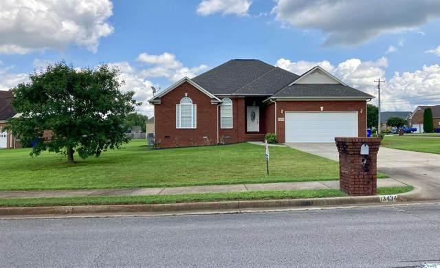 13434 Wisteria Place, Athens, AL 35613 (MLS #1790014) :: MarMac Real Estate