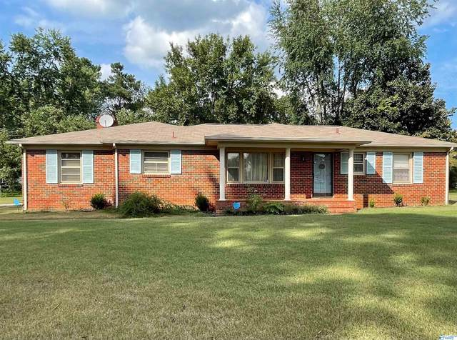 2225 NW Norris Road, Huntsville, AL 35810 (MLS #1790232) :: Southern Shade Realty