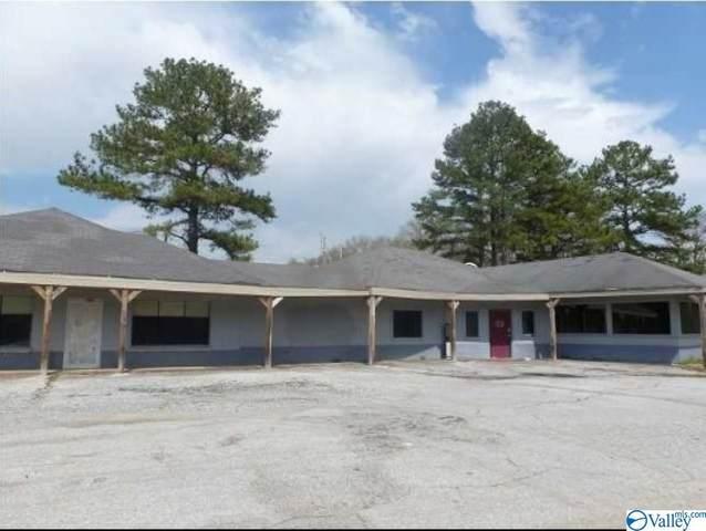 19521 Hwy 72, Rogersville, AL 35652 (MLS #1790319) :: MarMac Real Estate