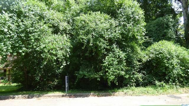 12005 Bell Mountain Drive, Huntsville, AL 35803 (MLS #1790501) :: Green Real Estate