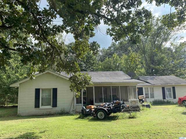 169 Derrick Drive, Guntersville, AL 35976 (MLS #1790689) :: Southern Shade Realty