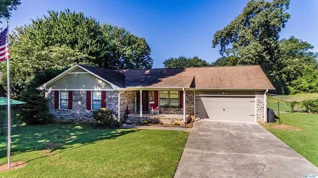 118 Holly Oak Lane, Huntsville, AL 35811 (MLS #1790714) :: The Pugh Group RE/MAX Alliance