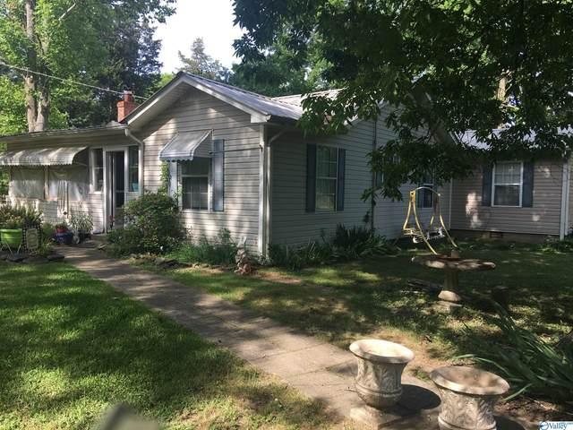 422 Burroughs Drive, Guntersville, AL 35976 (MLS #1790732) :: Southern Shade Realty