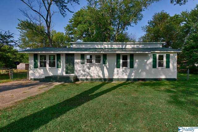 122 Mccollum Lane, New Market, AL 35761 (MLS #1790770) :: Coldwell Banker of the Valley