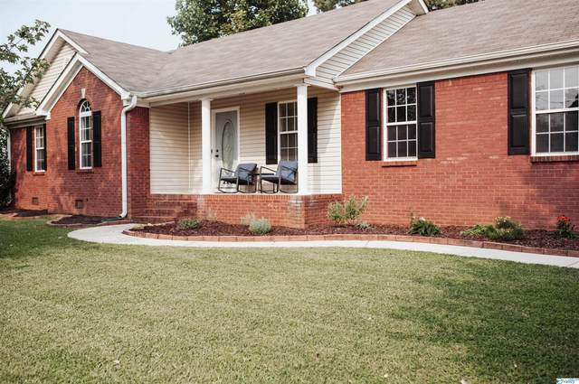 225 Tanner Point Drive, New Market, AL 35761 (MLS #1790870) :: Green Real Estate