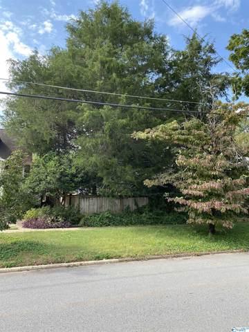 1010 Clinton Avenue, Huntsville, AL 35801 (MLS #1790905) :: MarMac Real Estate