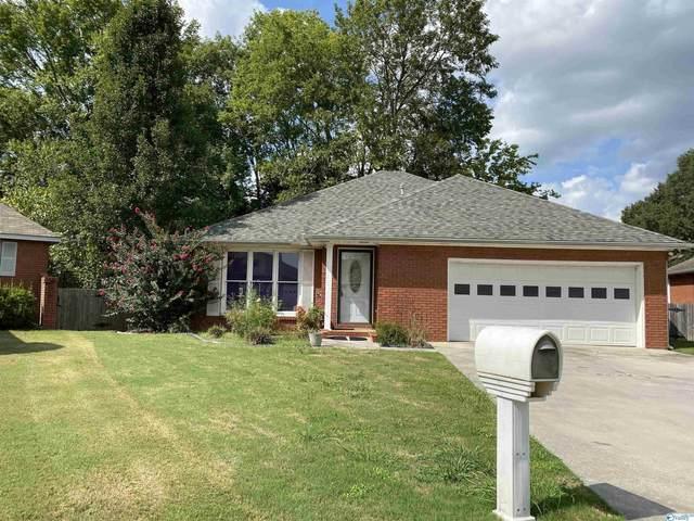 52 Cedar Brook Street, Moulton, AL 35650 (MLS #1790909) :: Rebecca Lowrey Group